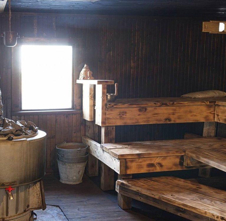 tradycyjna stara sauna finska